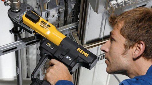tubisti-idraulici-Luber-ferramenta-Torino